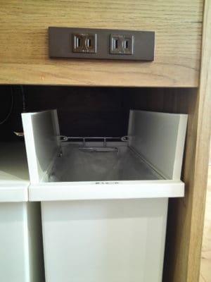 ケユカのごみ箱アロッツはのサイズ感は?キッチンシンク下にぴったり!