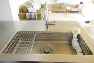 キッチンのスポンジ収納置き場は100均で解決!洗ってポンがおすすめ!