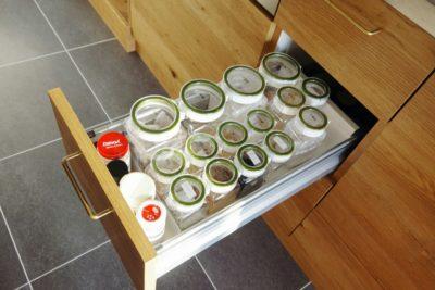 アイランドキッチンの調味料収納方法アイデア