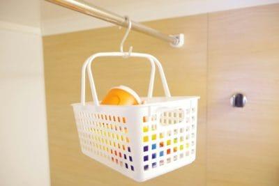 お風呂のおもちゃ収納は無印&ニトリより百均ダイソーのかごがおすすめ!カビ対策にも?